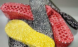 Nuovi effetti moda e nuovo comfort nell'innovativo mix di poliuretano e TPU espanso